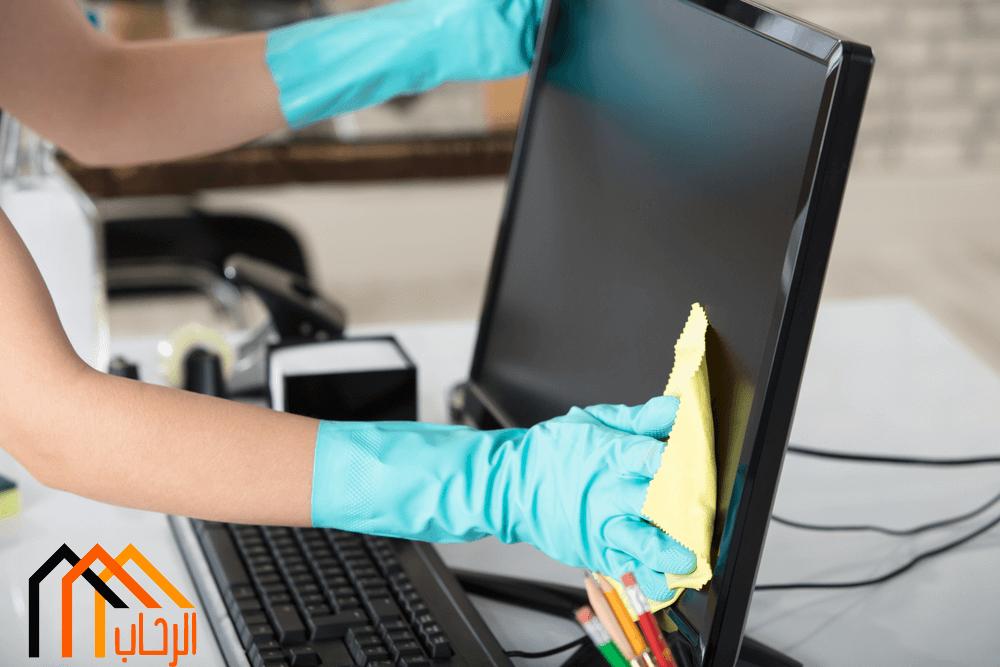 طريقة ترتيب وتنظيف مكتب العمل