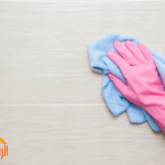 تنظيف جدران  المطبخ  من الدهون